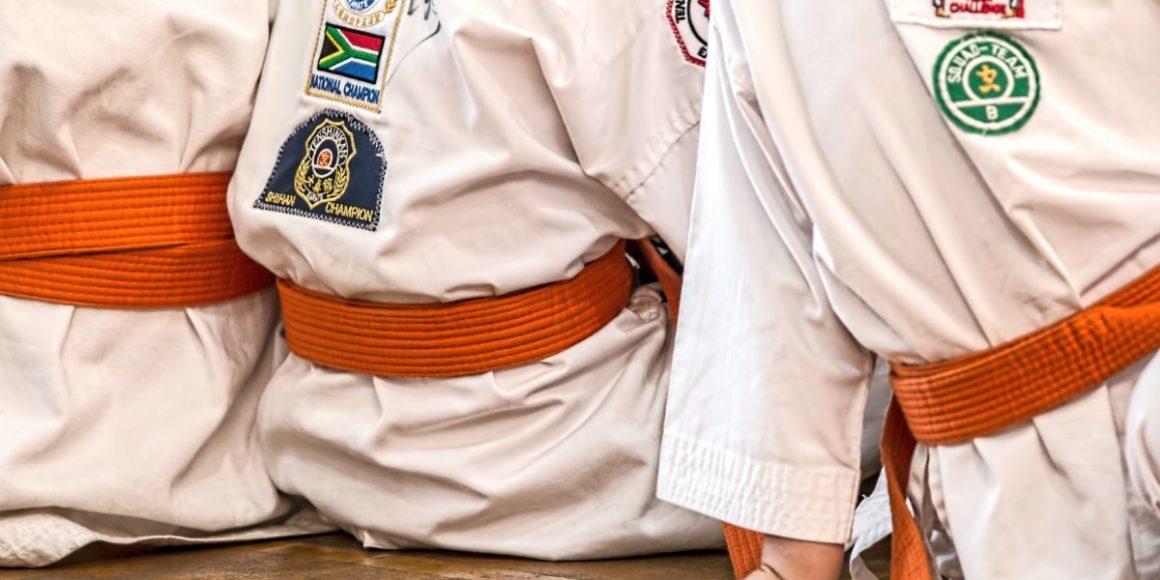 artes marciais esporte karatê uniforme