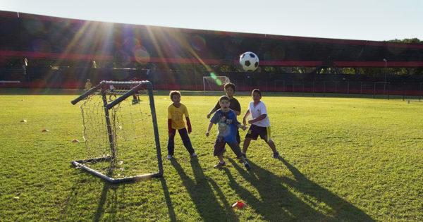 atividades-físicas-crianças-esportes
