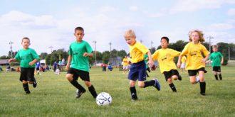 crianças-futebol-pesquisa-resistência-atletas