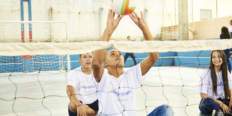 Novas pesquisas científicas foram apresentadas e defendem que os benefícios da educação esportiva dentro das escolas vão além de uma vida saudável.