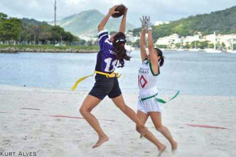flagball-futebol-americano-fernada-jogadora