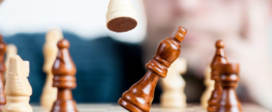 O Impulsiona oferece uma aula digital gratuita para ajudar o professor a ensina o xadrez na Educação Física