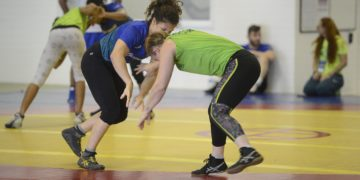 luta-olímpica-meninas-esporte-impulsiona