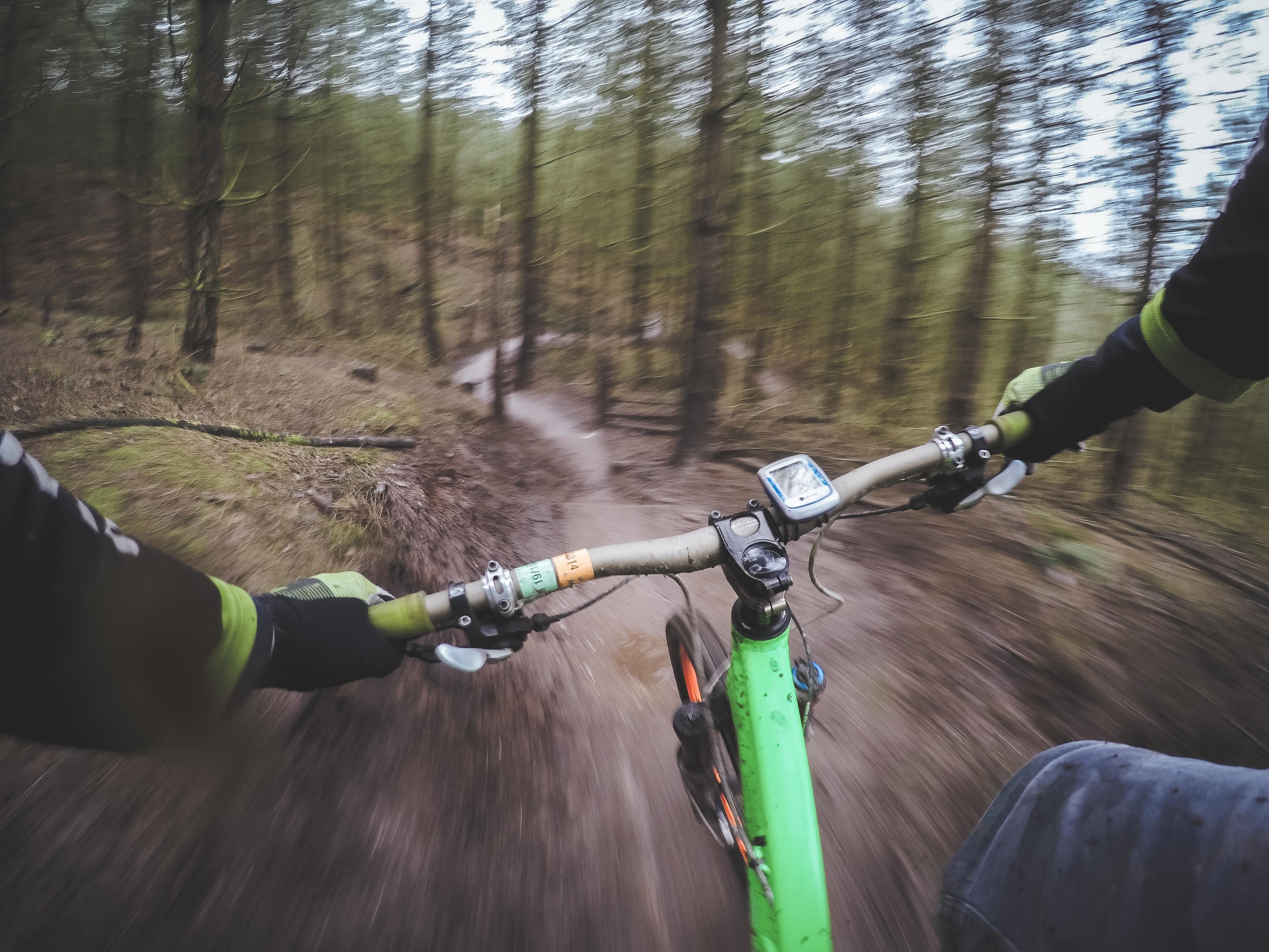 bicicleta-esportes-ar-livre-natureza