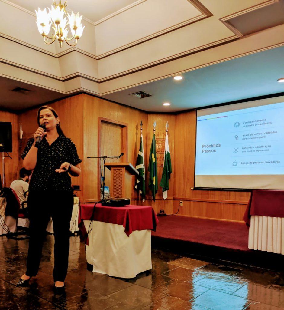 Verônica Fonseca apresenta durante Congresso Internacional