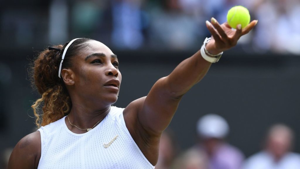 atletas negros serena williams ao sacar