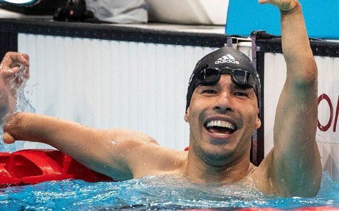 Nadador Paralímpico Daniel Dias na piscina nos Jogos Paralímpicos de Tóquio 2020